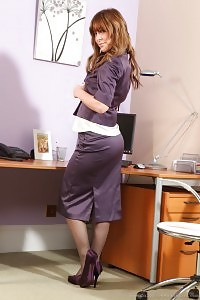 Bootylicious Secretary In A Purple Lace Miniskirt Suit And Boots.